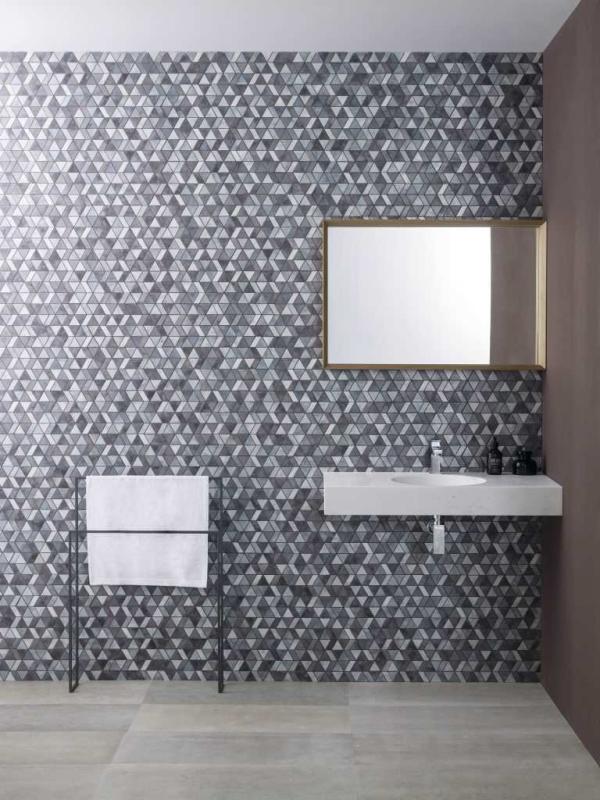 Mosaico Universe Dusk – Piedra Natural Amsterdam Grey – Lavabo Karon Circle Countertop – Tower Mirror