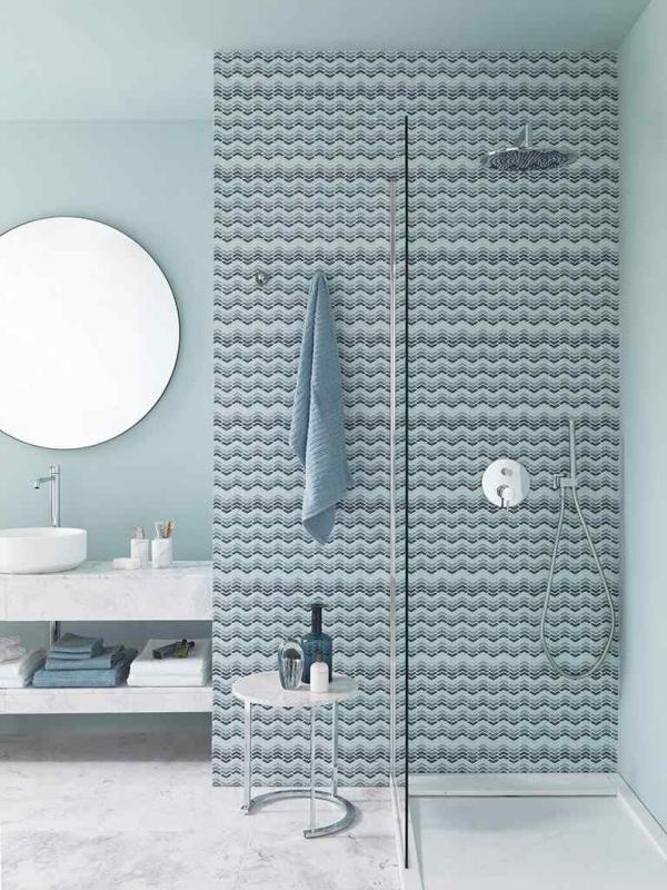 Mosaico Glaze Wave Blue – Piedra Natural Arctic White Classico – Lavabo Karon Circle – Plato Ducha Essence