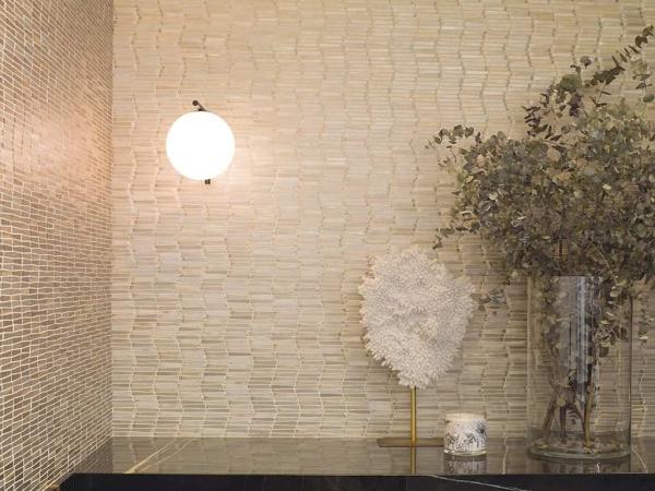 Mosaico Gravity Aluminium Wave Gold – Piedra Natural Port Monaco