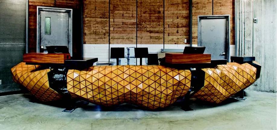 Wood-Skin, una lámina de madera flexible  que se adapta como una segunda piel