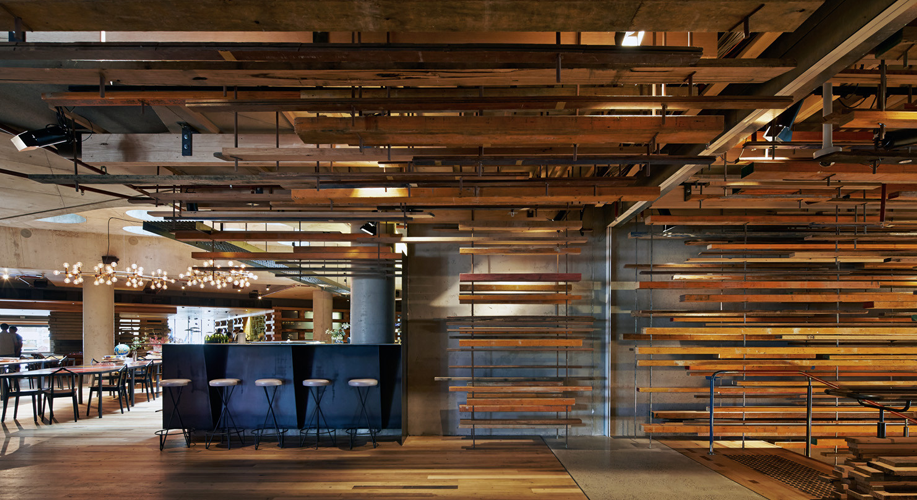 The Best Interior Space of 2015 made entirely of recycled wood