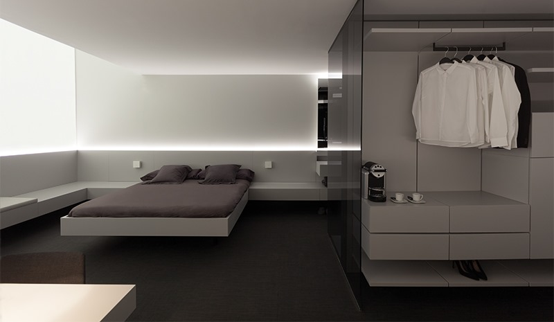 Hotel space based on the Contract concept