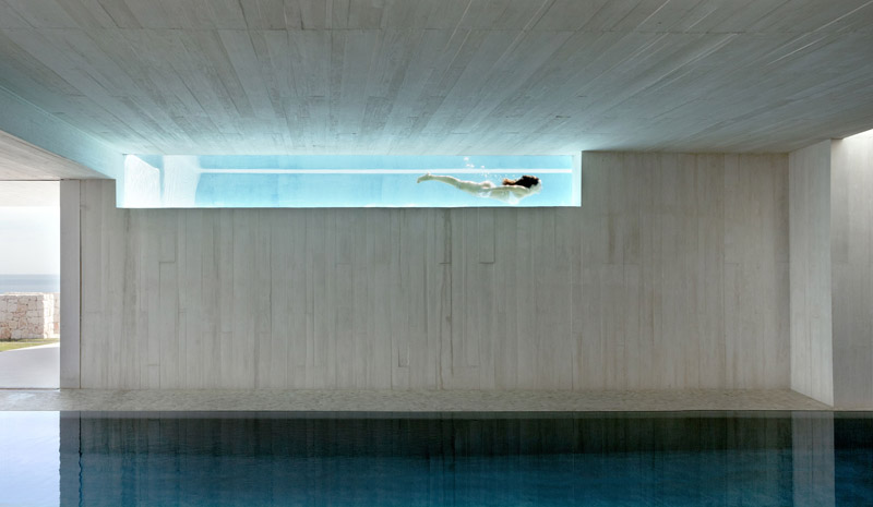 How to transform a swimming pool into a unique area