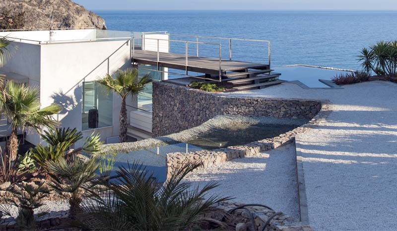 VV Bolnuevo Floating House  - Fran Silvestre Architects