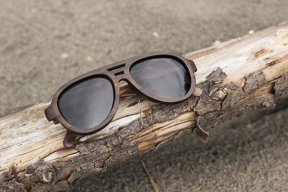 Fashion turns to wood