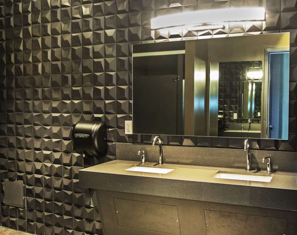 Mosaics, linkfloor and ceramic – major players at the Hotel VIA, San Francisco