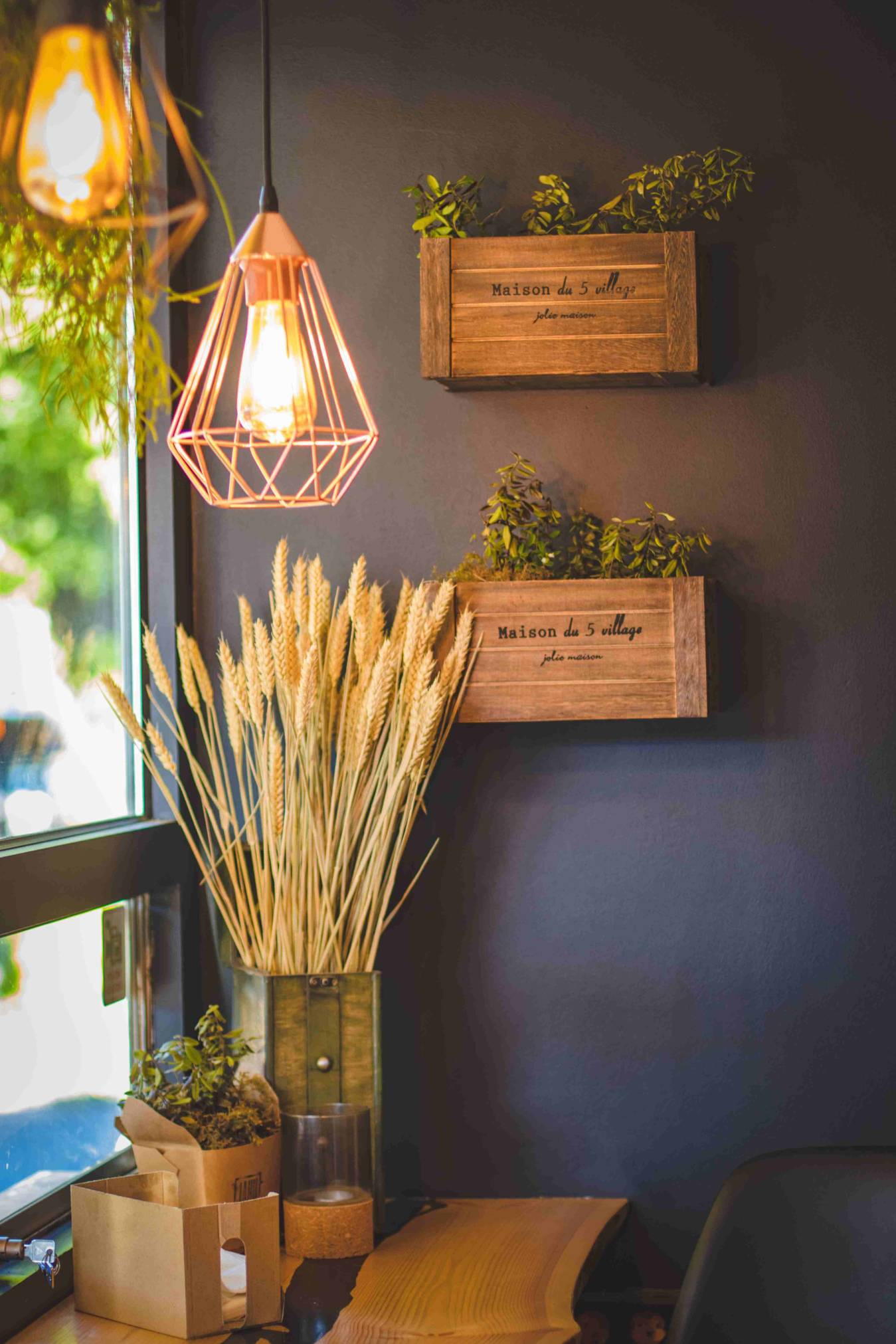 Decoration-wood