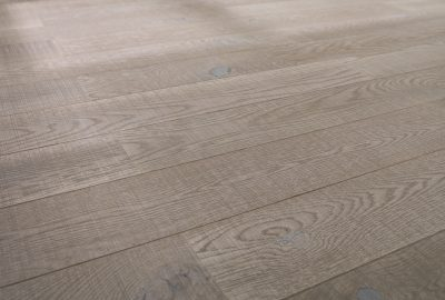 Alessandria, natural wood with a strong personality