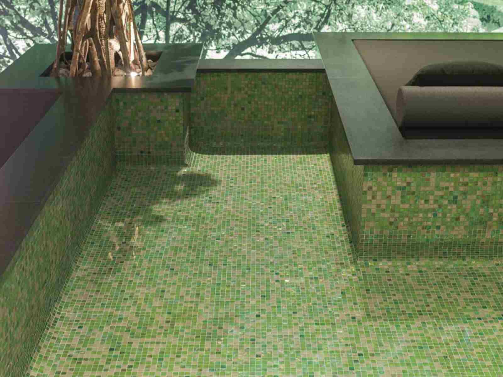 Choisir-mosaique-pour-piscine