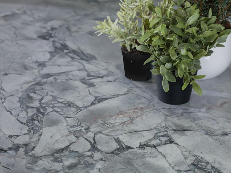 Cómo-limpiar-y-mantener-la-piedra-natural-en-suelos-y-fachadas-2
