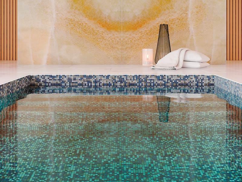 Ventajas e ideas de los mosaicos para piscinas