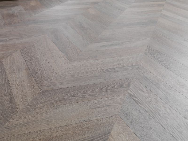 Pose sol vinyle sur parquet stratifié